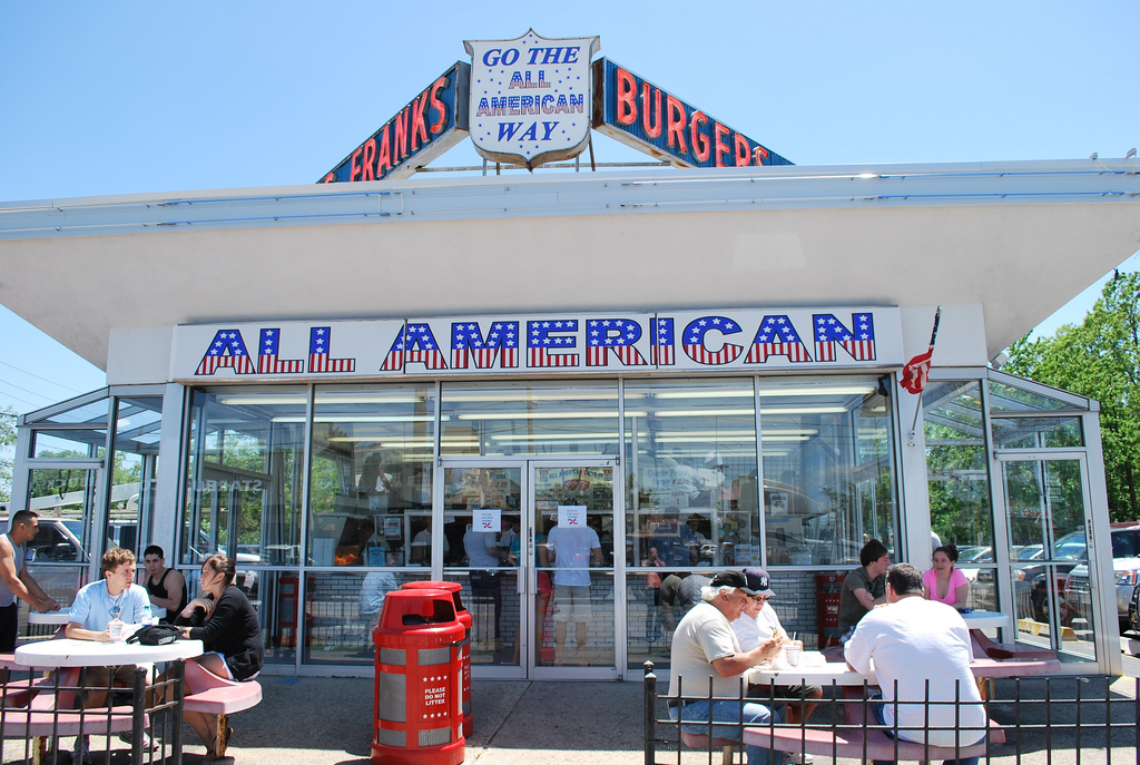 ... New York, Outdoor Dining, South Shore. All American Hamburger In  Massapequa