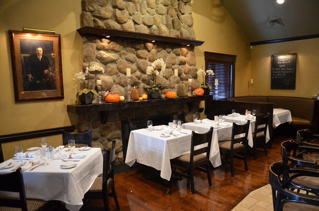 Photo Tour: Chas. Rothmann's Steakhouse in East Norwich