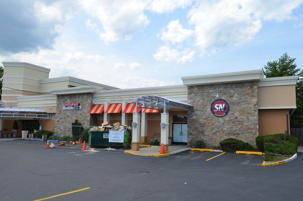 Food News: Sporting News Grill in Carle Place Soon To Open