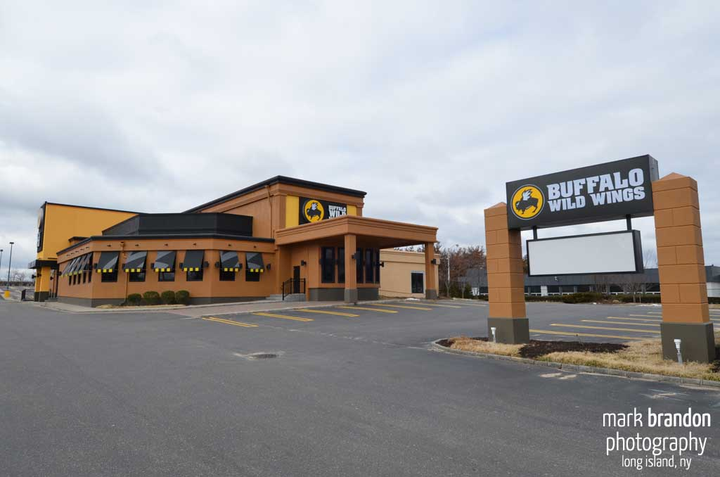 Buffalo Wild Wings Exterior 1